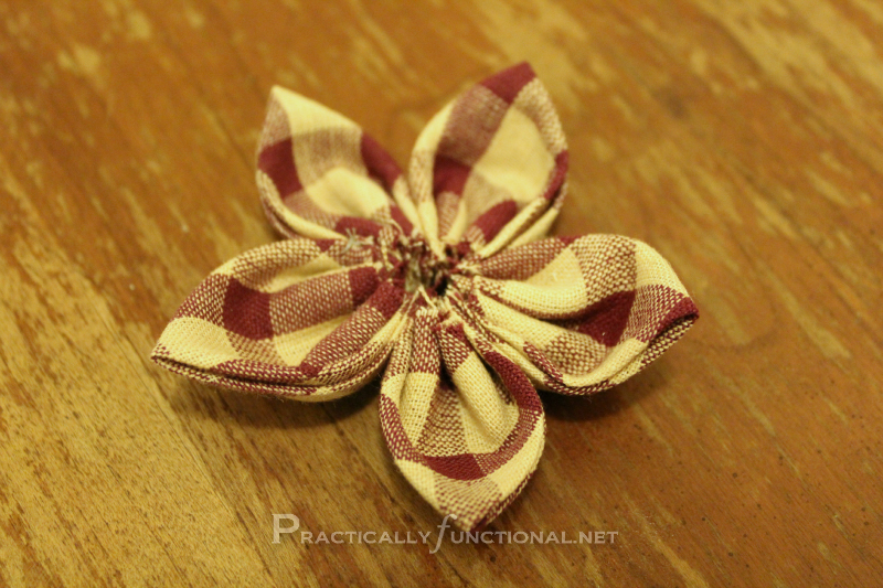 Fabric flower tutorial: Sewn together