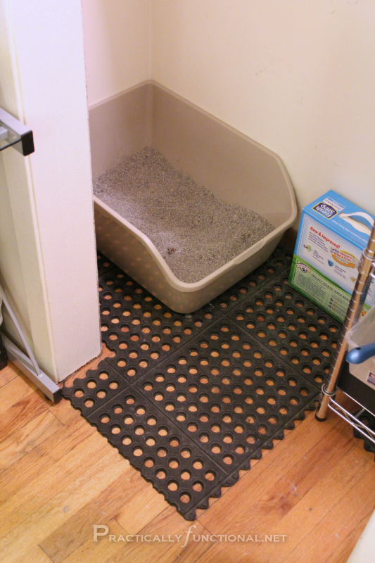 Use Rubber Garage Tiles To Contain Kitty Litter