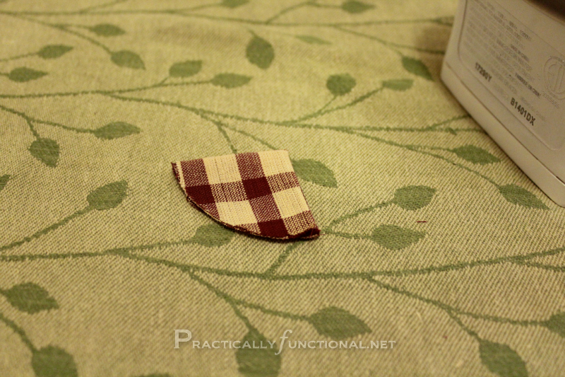 Fabric flower tutorial: Pressed quarter circle petal