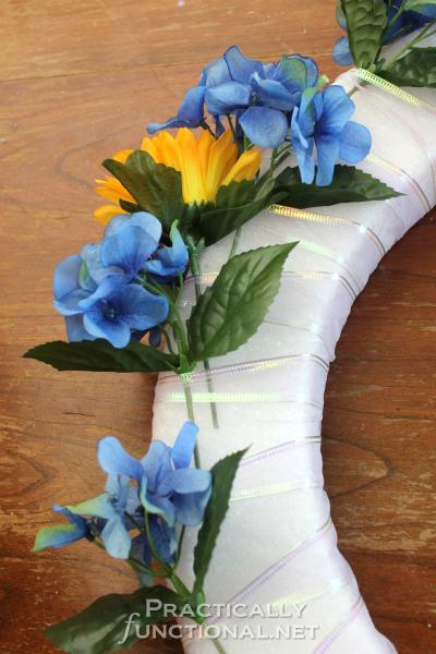 DIY Spring Welcome Wreath Tutorial