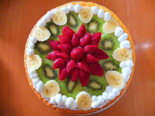 Summer Fruit Sponge Cake from Something On Everything