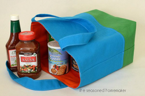 DIY Reversible Fabric Lined Tote Bag from The Seasoned Homemaker