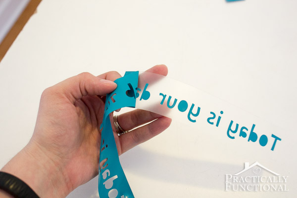 How To Use A Silhouette Cameo - Heat transfer vinyl tutorial