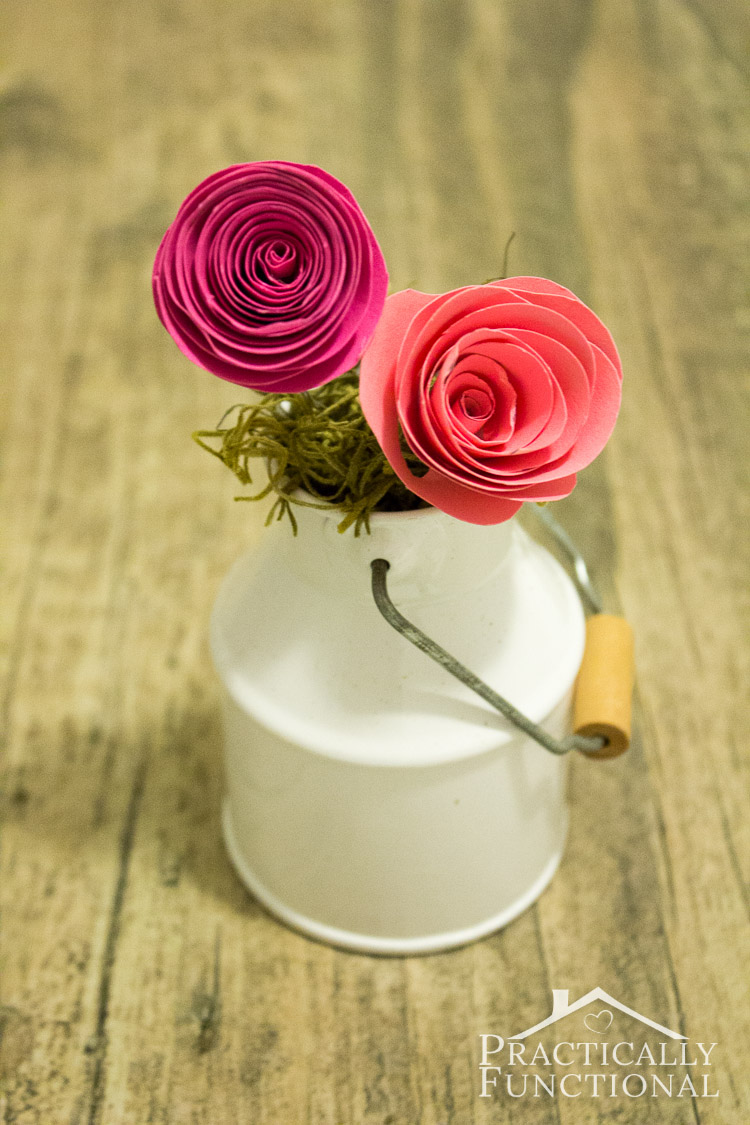 Make adorable spiral paper flowers in less than ten minutes! Perfect for table decorations!