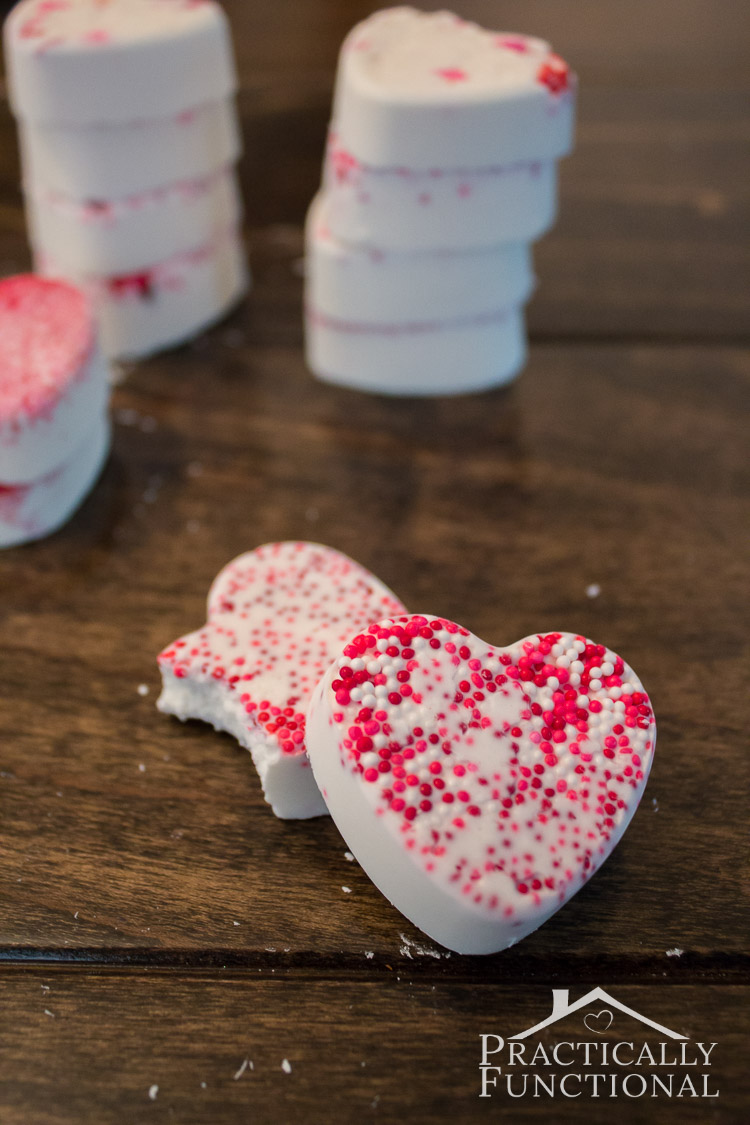 Valentine's Day candy bark recipe; these little candy hearts are totally delicious, and they're so easy to make!