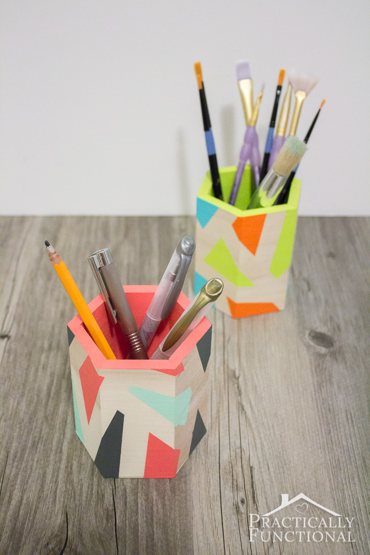 DIY color block pen holders, too cute! Just need tape and paint!