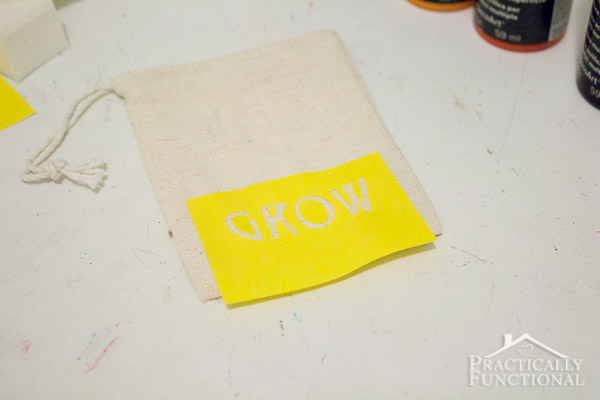 DIY Stenciled Garden Party Favor Bags-3