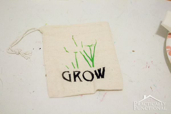 DIY Stenciled Garden Party Favor Bags-7