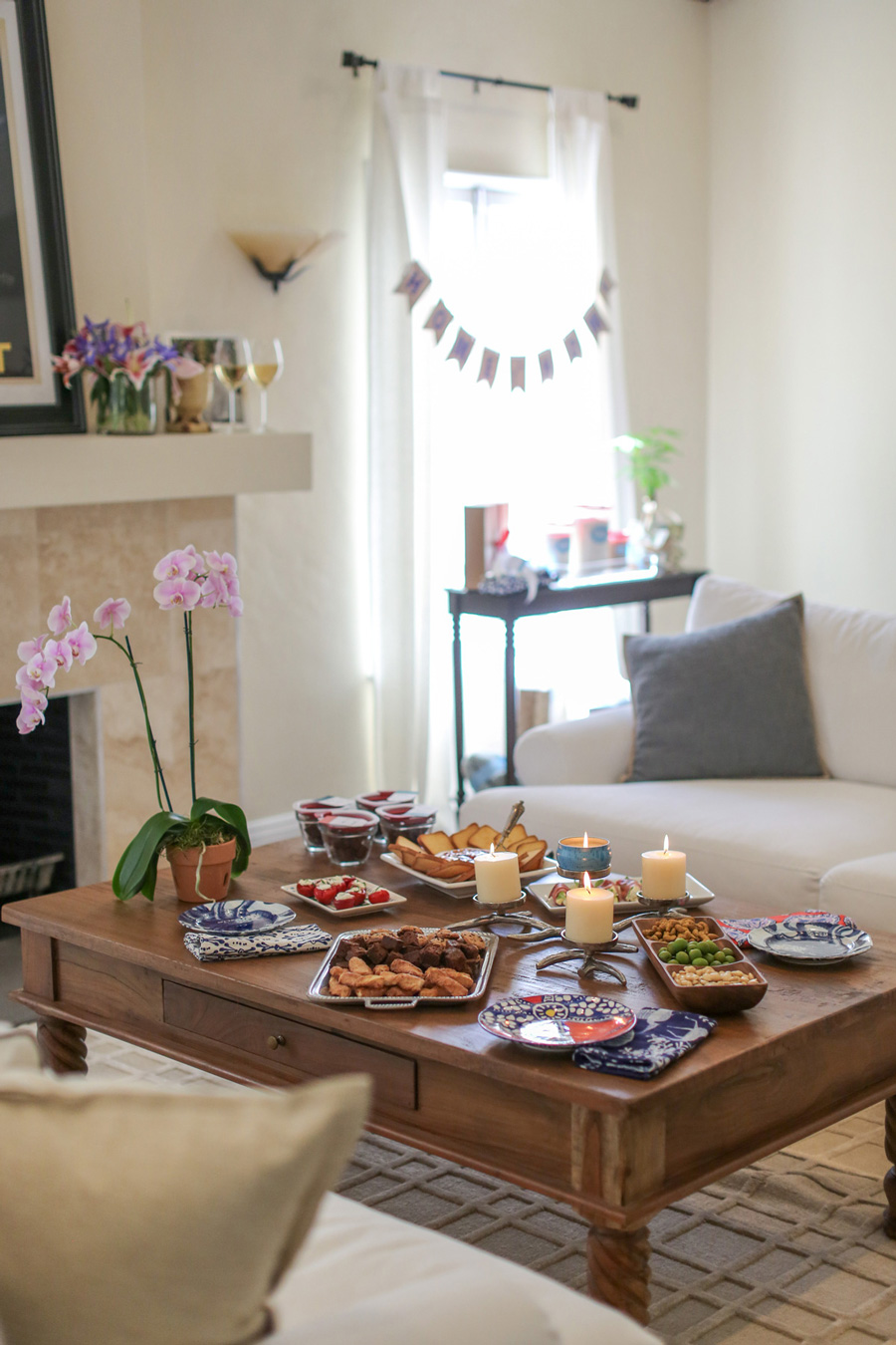 How To Throw A Great Housewarming Party!
