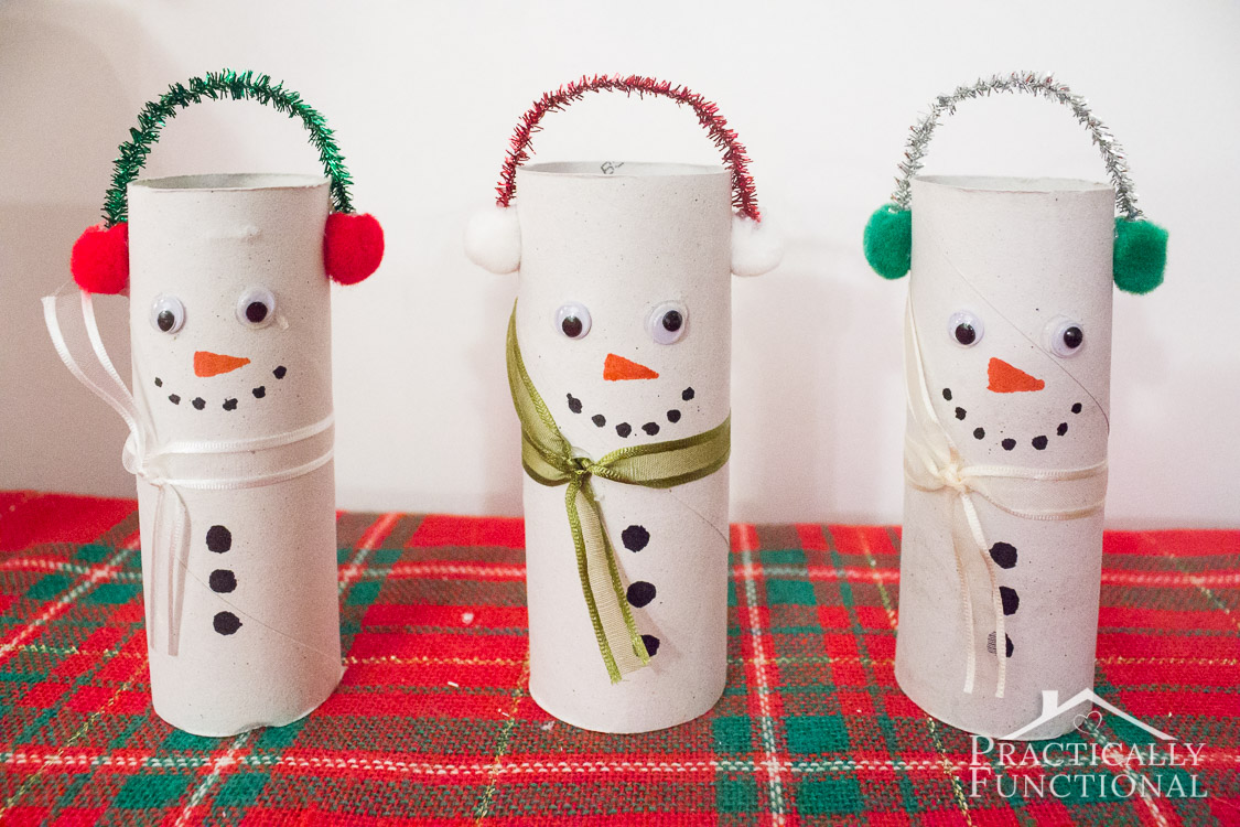 Turn empty toilet paper rolls into cute little snowmen! Great kids craft!