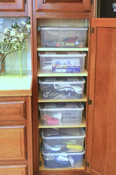How I cleaned up my junk cupboard - and 9 other great ways to organize and declutter your home!