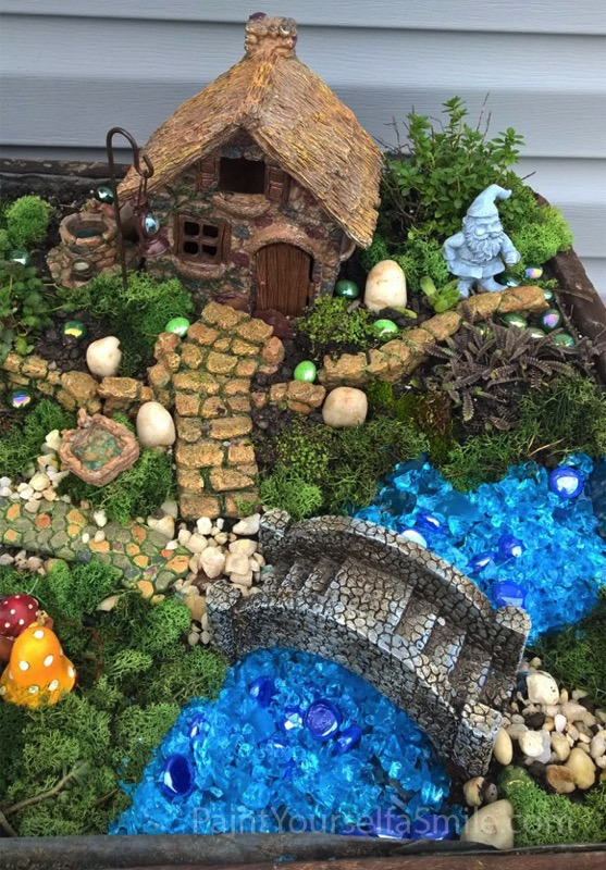 Create a cute little gnome garden - and 11 other festive DIY spring projects!