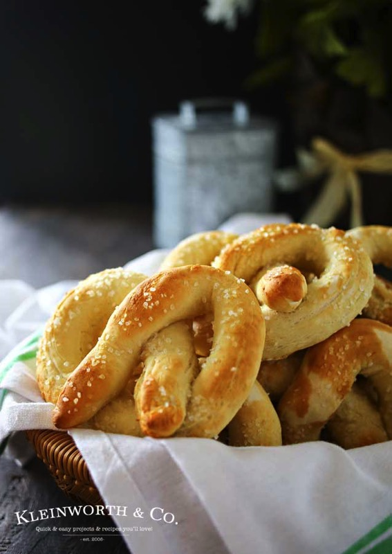 Homemade Soft Pretzels - and 17 other delicious game day appetizer recipes!