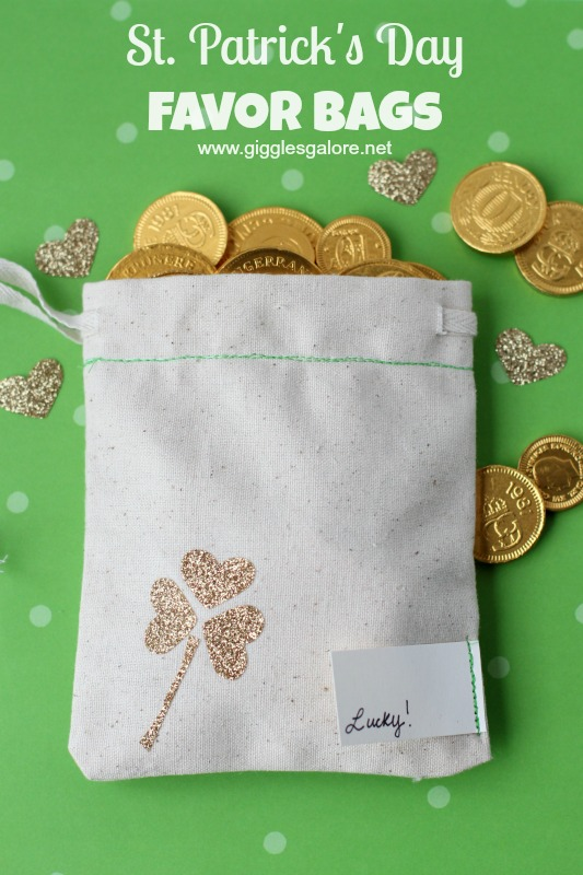 St Patricks Day Favor Bags - and 16 other fun St. Patrick's Day projects!