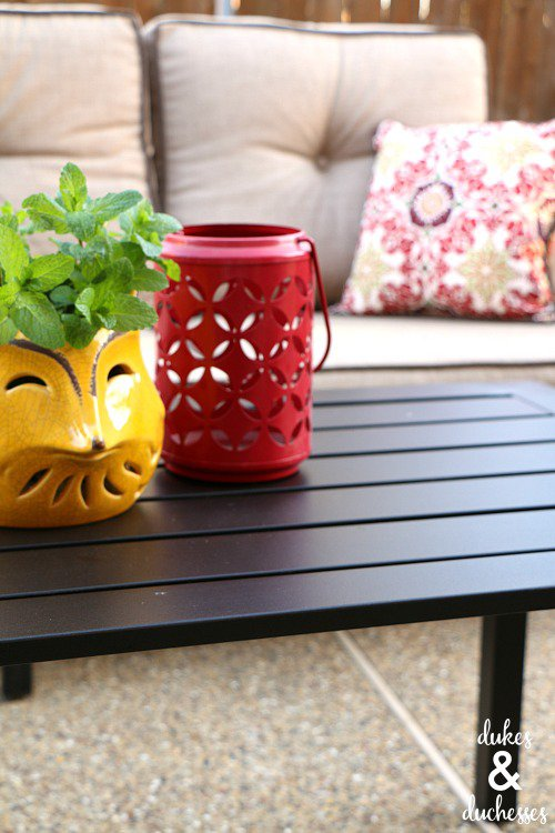 Creating an outdoor living space - and ten other amazing DIY outdoor projects to try this spring!