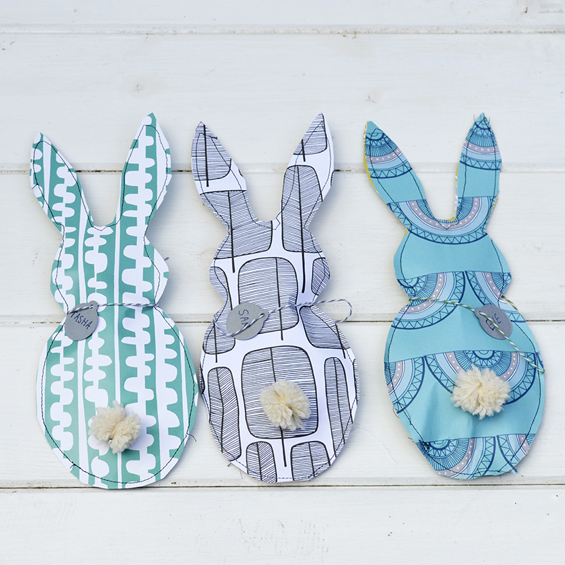 Paper bunny Easter treat bags - and 14 other awesome Easter crafts!