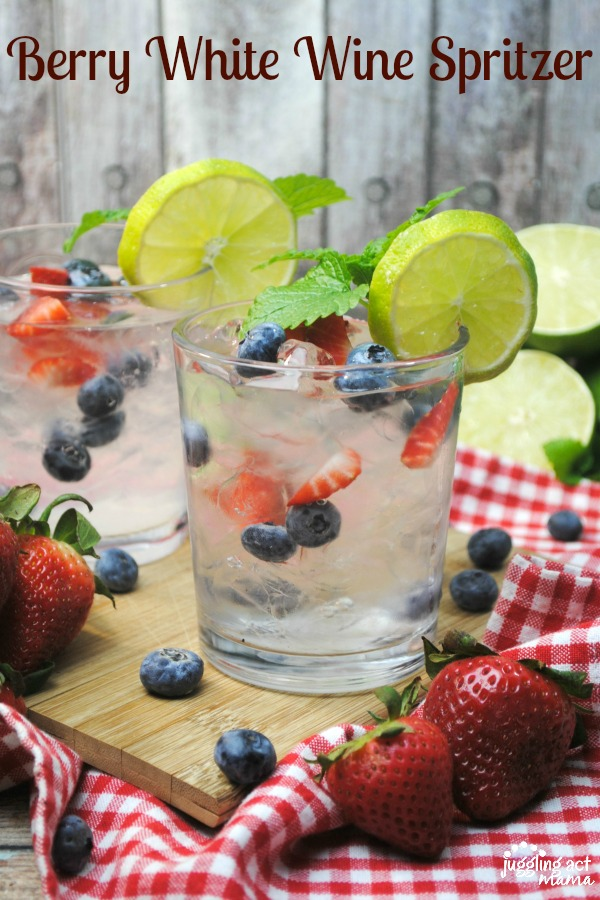 Berry White Wine Spritzer - and 10 other cool, refreshing summer drink recipes!