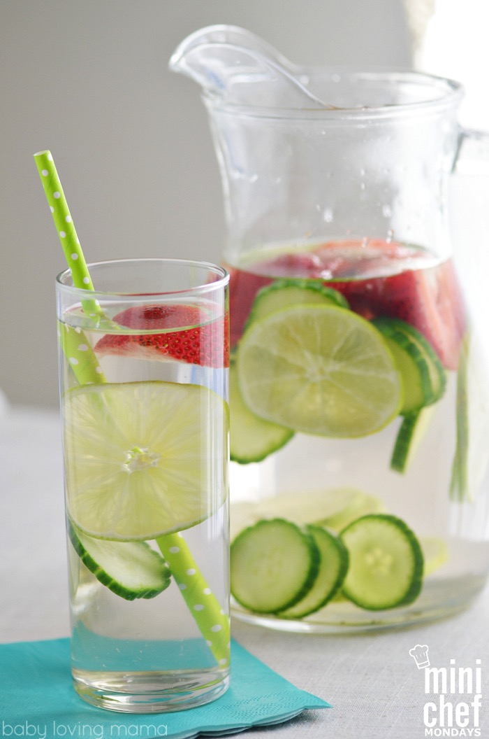 Refreshing Strawberry Lime Cucumber Infused Water - and 15 other delicious summer drink recipes!