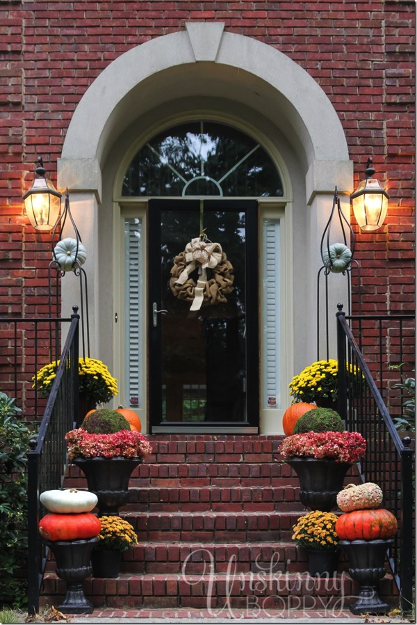 Fall porch decorating ideas - and 9 other gorgeous fall porch ideas!