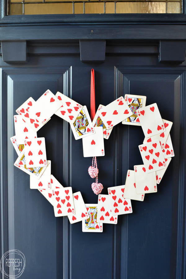 Easy DIY Valentines Wreath With Hearts Playing Cards - and 19 other fun valentines crafts!