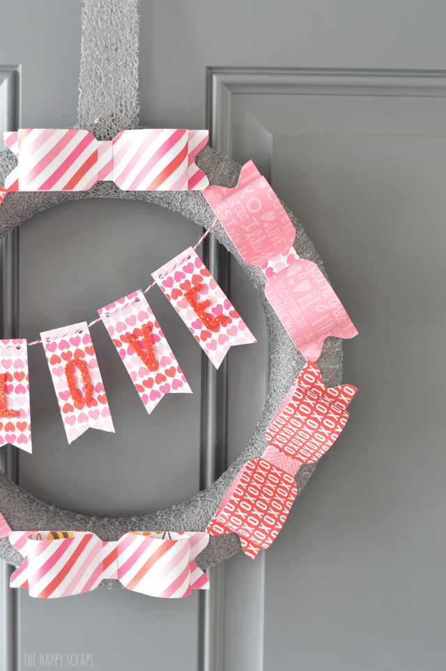 Valentine Paper Bow Wreath - and 19 other fun valentines crafts!