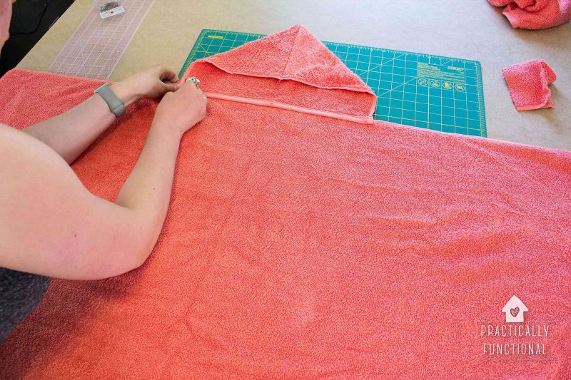 super easy diy hooded towel tutorial