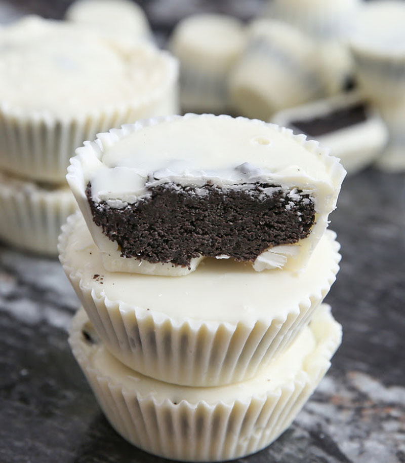 Cookies and cream chocolate candy cups