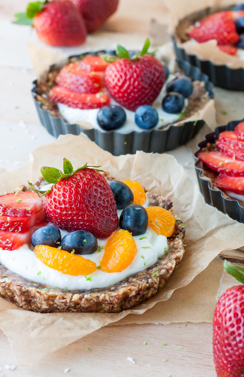 Healthy no bake coconut lime fruit and yogurt tarts