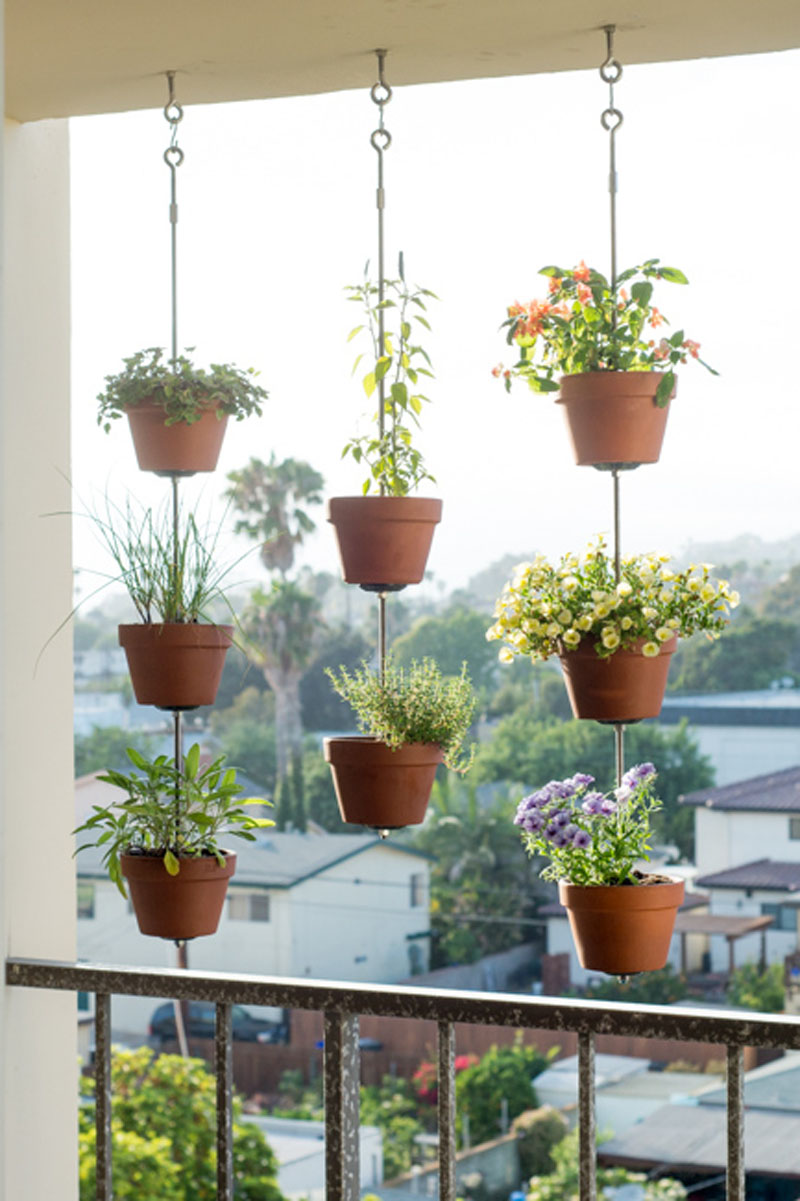 DIY vertical hanging garden