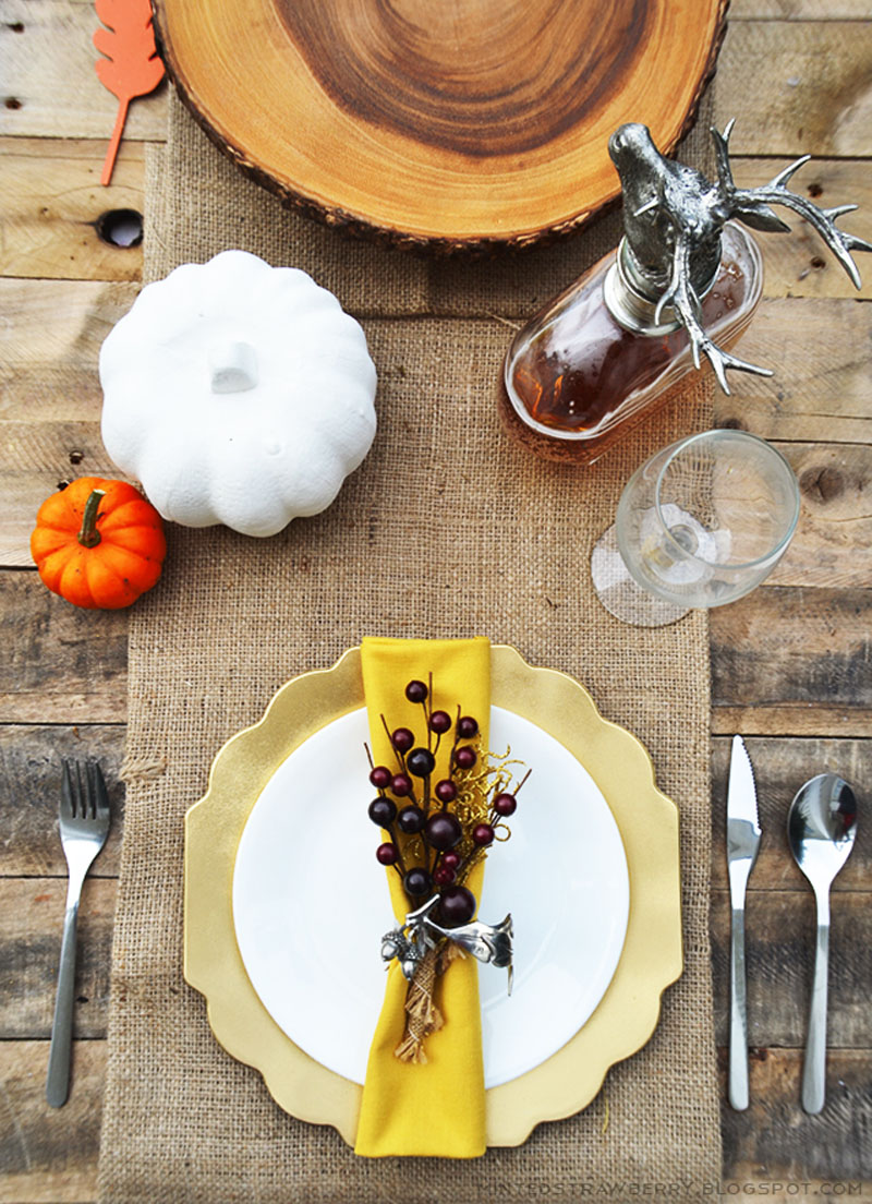 simple and rustic centerpiece