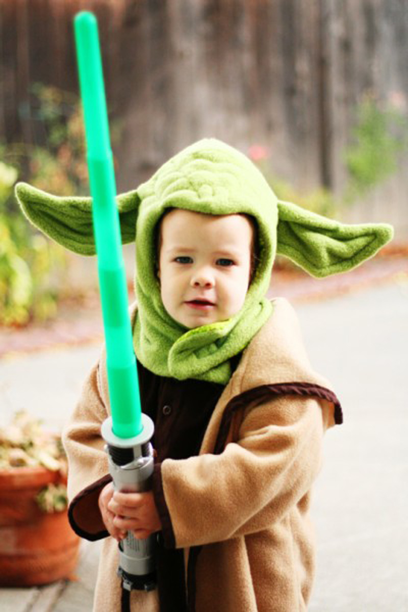 22 diy toddler halloween costumes turn your child into the greatest master to ever live in a galaxy far far away with this diy yoda costume solutioingenieria Gallery