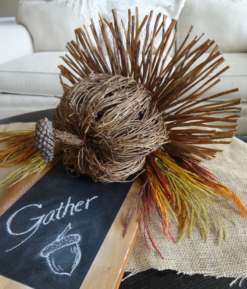 DIY Thanksgiving turkey centerpiece