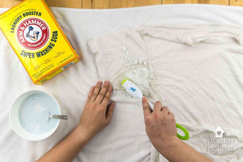 how to remove yellow sweat stains from your clothes the easy way